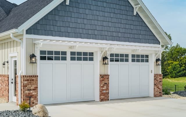 Get 20%-50% Off of Garage Doors